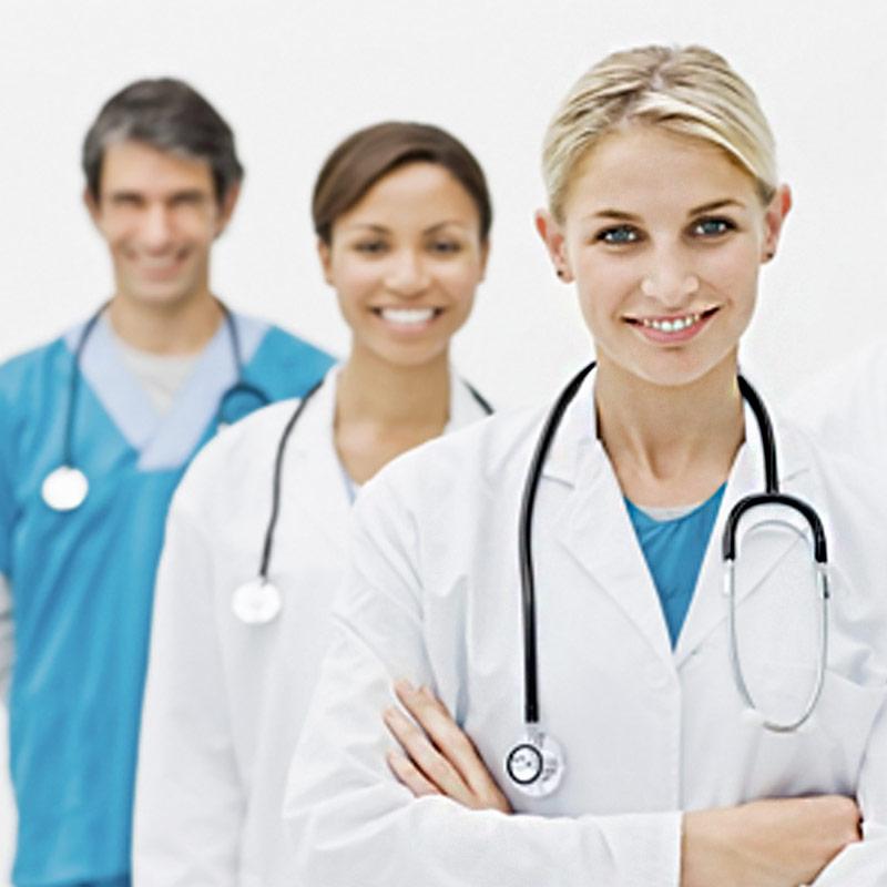 Fardas e uniformes hospitalares